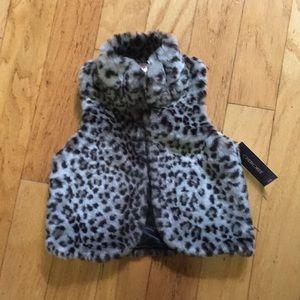 Little girls gray leopard vest